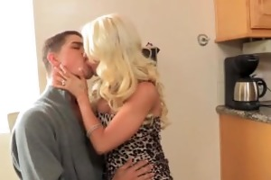 blond stepmom pulls out her giant tits