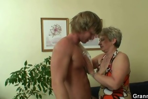 young man drills her old snatch