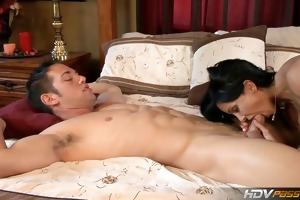 hdvpass busty milf jewels jade fucks younger stud