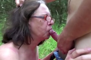 mamma receive touched outdoor by young chaps and