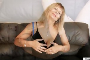 breasty mature fingering her bushy pussy