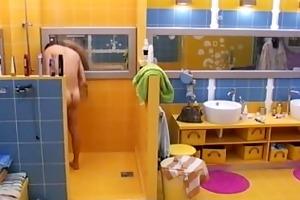 naske showering from big brother slovenia 2008
