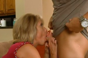 messy aged housewife sucks and gets drilled anal