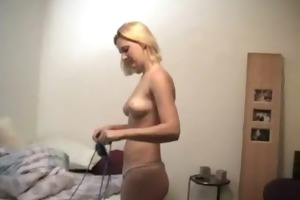 chick shows great figure