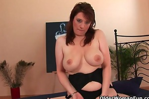 breasty mature woman unloads a wang in her face