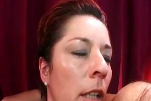 sexy lesbian milfs licking snatches