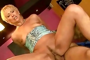 hot granny enjoys youthful dong in her pussy