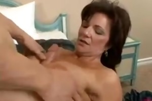 mil older brunette hair deauxma with big tits
