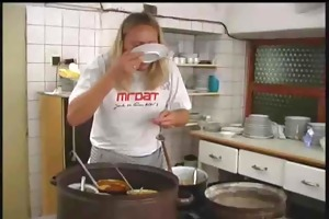 waitress ass fucked by the chef