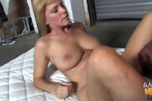 aged mama nicole moore takes bbc in her old pussy