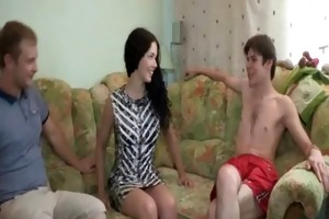 she is plays with big schlong of guy