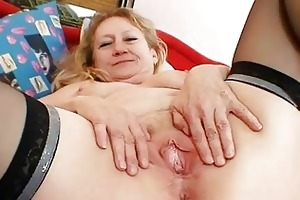 filthy old grandma muff widening and masturbation