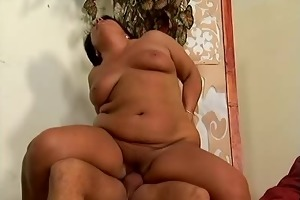 mama is fucking pounded on the top....