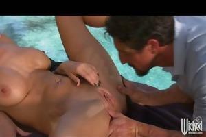 big tit milf alektra blue gets massage and bonks