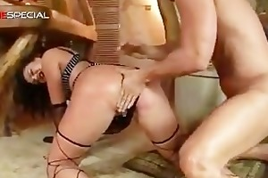 astonishing pierced pussy milf sucking part1