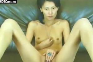 skinny oriental mother i rubbing her cum-hole