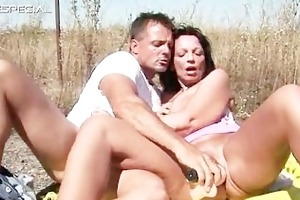 lascivious mother i receives screwed hard outdoor