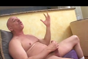 old blond hag sucks shaved guy&s cock