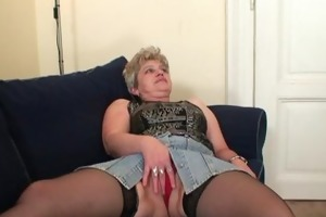 old bitch takes two weenies after masturbation
