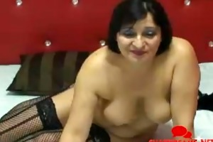 granny latin chick does camshow