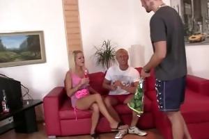 her bf gets drunk and she is fucks his bro