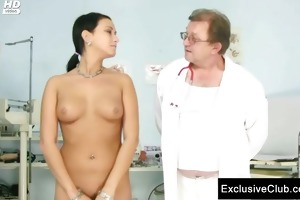 carmen gets her pussy gaping by old doctor