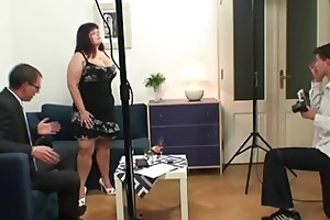 corpulent bitch getting double fucked after