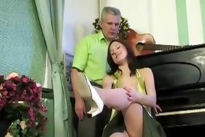old stud fucks sexy dark brown chick who seduces