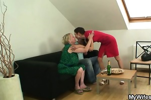 wang hungry mother-in-law seduces him
