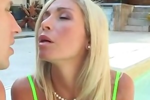 tatsy mommy gets drilled