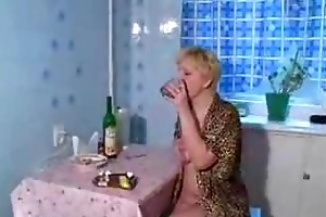 drunk mature mommy fucked by youthful son