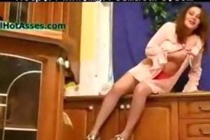 spying granny in the kitchen aged mature porn